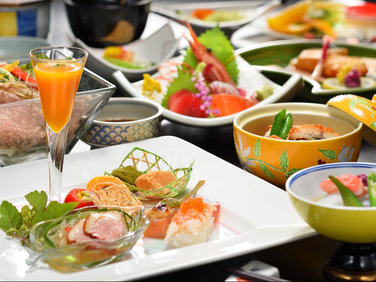 春・夏・秋・冬、いつ訪れても変わらない美味しさを…四季の創作料理プラン